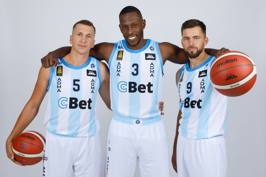 Jonavos krepšininkų laukia nelengva dviguba savaitė ir pirmosios Karaliaus Mindaugo taurės rungtynės Jonavoje!